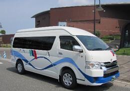 下関山電タクシー車両